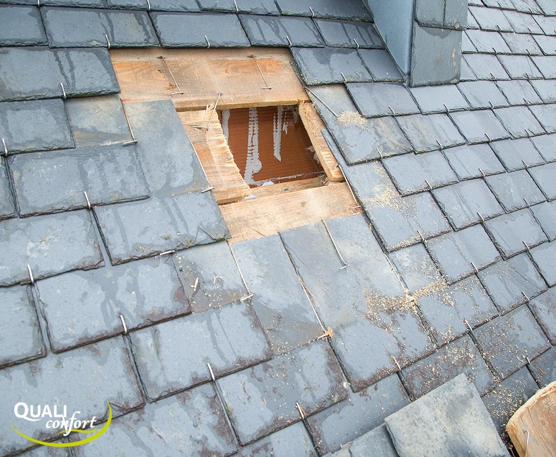 la toiture est ouverte afin de la rendre rendre les hermétique à l'air